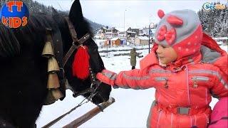 ✔ Кукла Беби Борн и Ярослава катаются на лошадях в Буковеле / Doll Baby Born / Holidays in Bukovel ✔