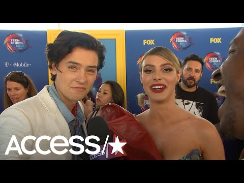 'Riverdale's' Cole Sprouse Meets Lele Pons On The Teen Choice Red Carpet!  Access