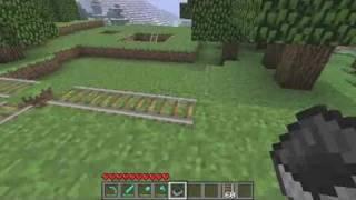 Minecraft Tutorial: How to Build a Minecraft Minecart Track