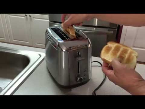 Black & Decker TR3500SD Rapid Toast 2 Slice Toaster - Unboxing