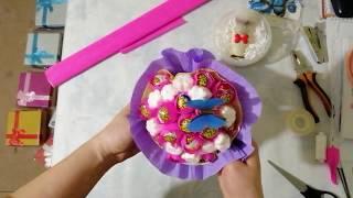 Букет из чупа-чупсов для девочки на 8 марта или день рождения своими руками легко, просто и быстро.