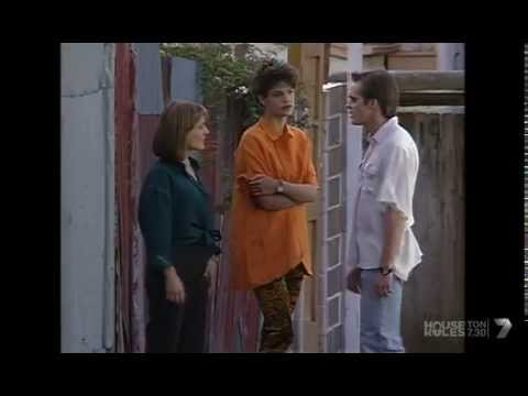 Home & Away  Roxanne Miller Lisa Lackey first appearance part 4 1992.