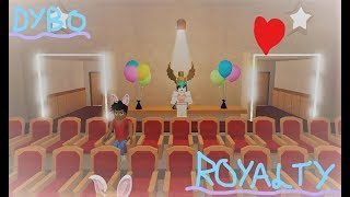 Royalty | Roblox | Dance Your Blox Off | Rich & Famous/Freestyle