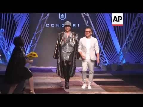 Vietnamese Top Designer Nguyen Cong Tri Opens Vietnam International Fashion Week Youtube