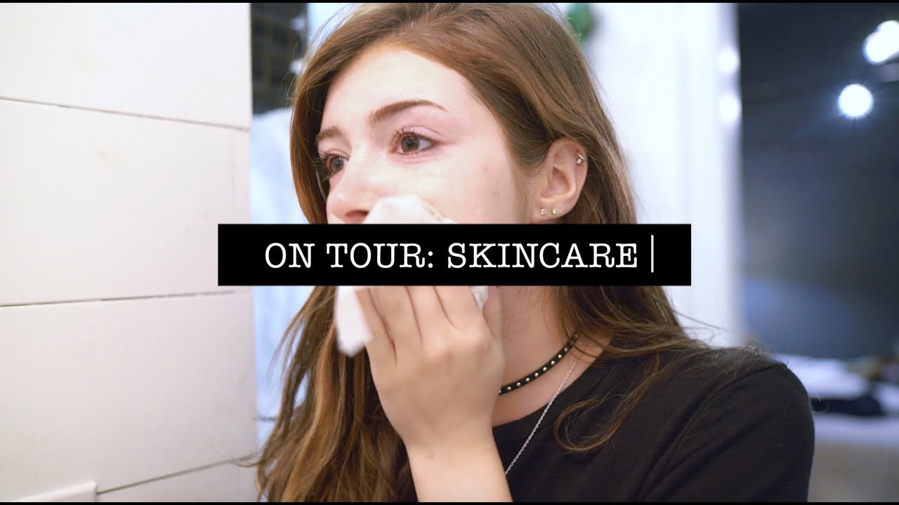 ON TOUR: Skincare - Chrissy Costanza 2017-10-11 13:34
