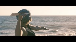 Claudia Koreck - Paper Aeroplane