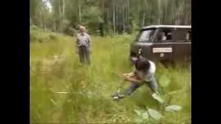РУЧНАЯ ЛЕБЕДКА(Вытаскивание Форд-Эскейп ручной лебедкой на 2,5 тонны., 2012-08-13T20:19:06.000Z)