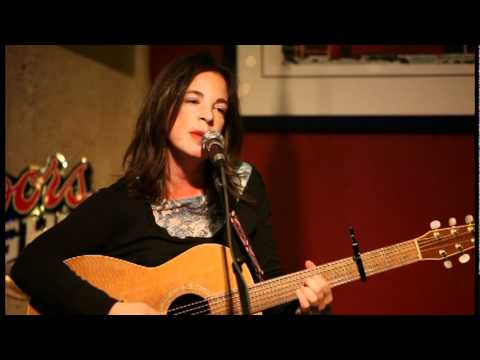Havilah Rand,   Williamsburg,   Opening Bell Coffee,   20110114,   #002