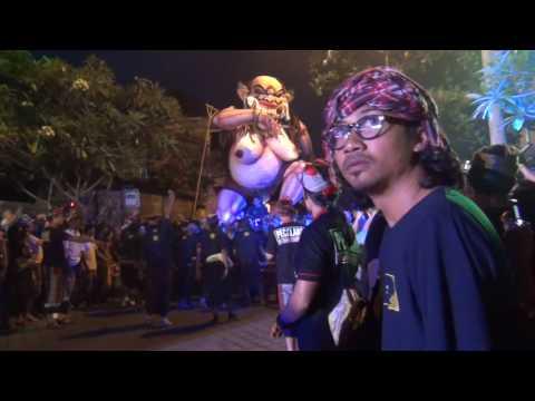 Bali: Ogoh ogoh #4 Padangtegal Ubud 2017 by Hans Smeekes