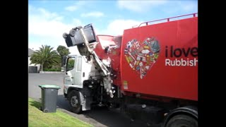 Christchurch Rubbish Truck in Timaru #26