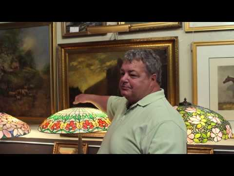 American Dealers Minisode featuring Aly Antiques: Suess Lamps