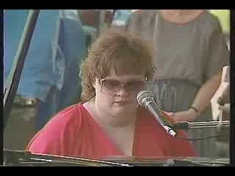 Diane Schuur -The Very Thought Of You