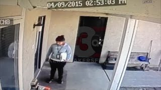 VIDEO: Woman steals package from porch