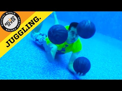 Most Catches Juggling Three Bowling Balls Underwater