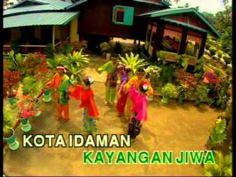 Lagu Tradisional Moden   Wau bulan (karaoke)