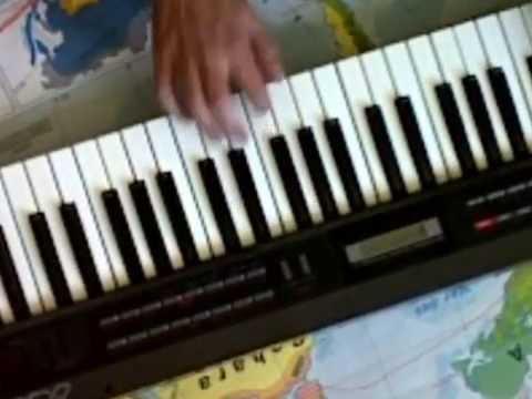 Roland Juno-1 solo