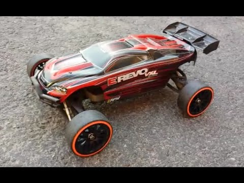 The next generation traxxas e-revo packs dozens of upgrades to make it the ultimate go-to vehicle for insane stunts and backyard bashing. Where would you.