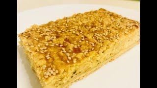 Луковый пирог с плавлеными сырками. Просто и вкусно