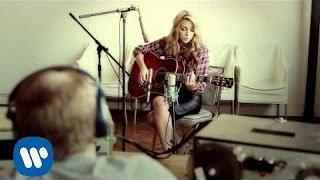Смотреть клип Ashley Monroe - Morning After