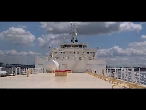 Tanker ship visiting New York | GoPro HD