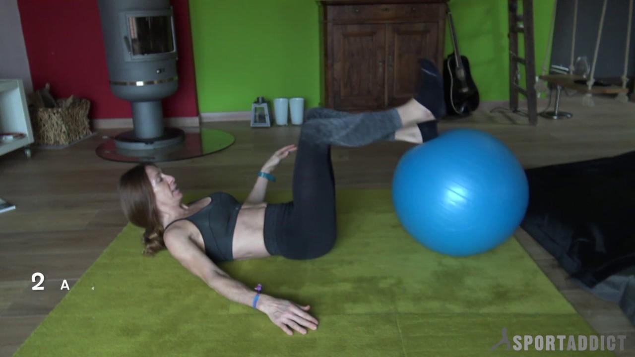 3 EXERCICES ABDOS AVEC SWISS BALL - YouTube