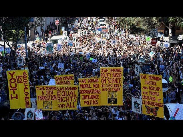 <span class='as_h2'><a href='https://webtv.eklogika.gr/protofanis-diethnis-symmetochi-stis-diadiloseis-gia-to-klima' target='_blank' title='Πρωτοφανής διεθνής συμμετοχή στις διαδηλώσεις για το κλίμα…'>Πρωτοφανής διεθνής συμμετοχή στις διαδηλώσεις για το κλίμα…</a></span>
