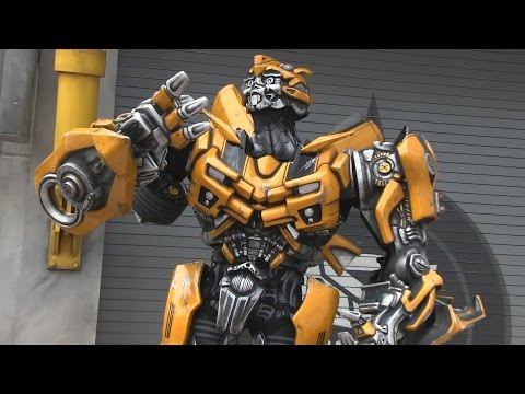 Bumblebee Transformer interacts with guests via radio at Universal Orlando