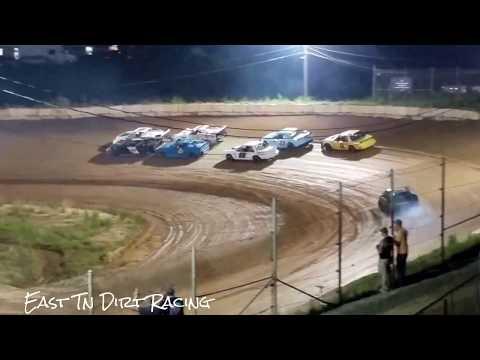 Pony Feature @ Wartburg Speedway (6-10-17)