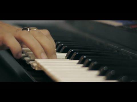 Maine Tujhko Dekha | Golmaal Again | Keyboard Paino Cover