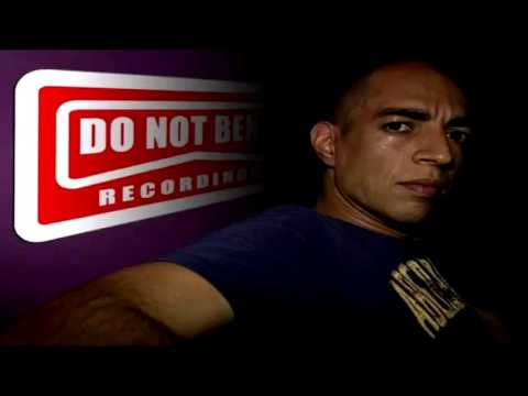 DJ Karim (Do Not Bend Recording) By Headstrong (Mix 1/2)