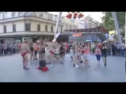 Suncorp Insurance Youngcare Budgie Bolt 2014 - Flash Mob - Suncorp Insurance