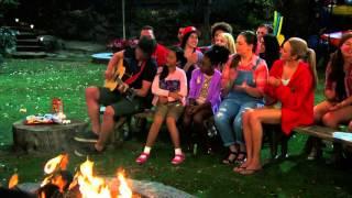 "Acampados (Bunk'd) - Xander canta ""Kikiwaka"" PT-BR"