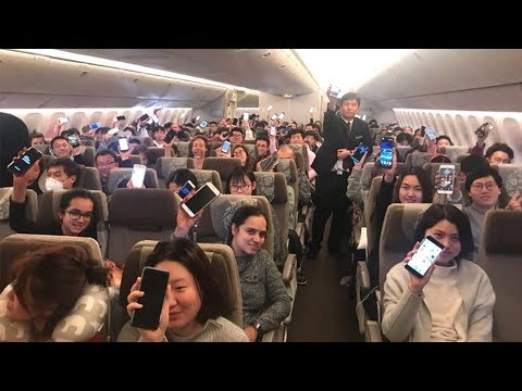 Keep it open: China allows smartphone use on planes