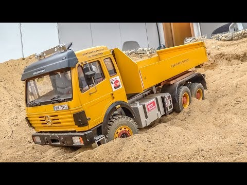 RC Truck stuck and rescue! Heavy load! R/C Car Offroad Action!