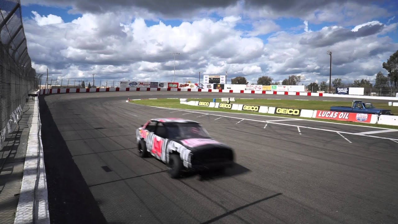 Pre-Season Practice at LoanMart Madera Speedway & a Super Modified Photo Shoot - YouTube