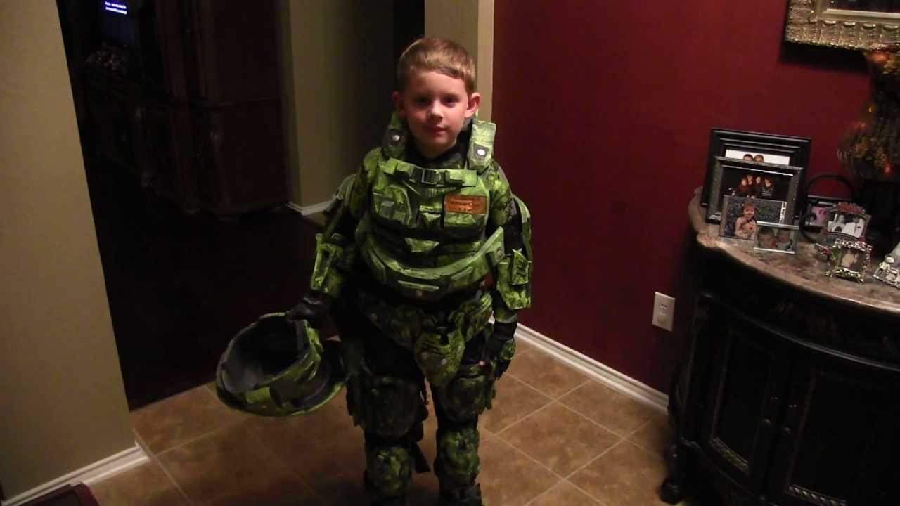 sc 1 st  YouTube & Halo Master Chief Costume: Home made - YouTube