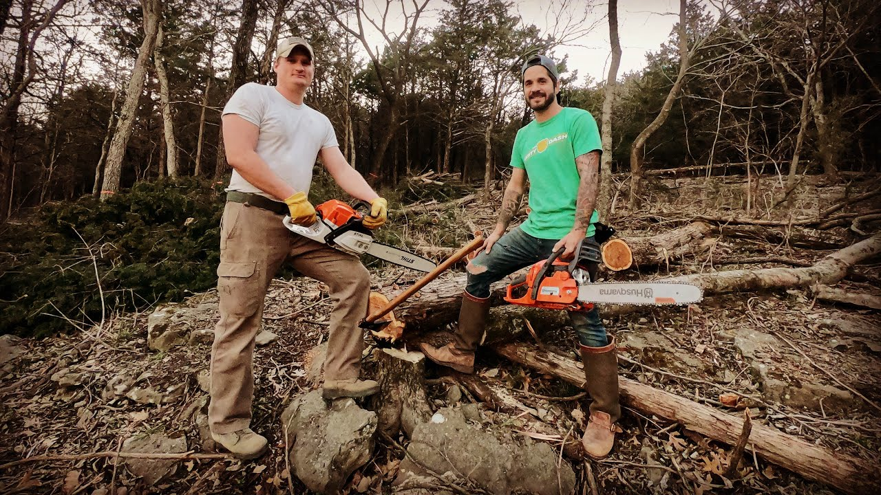 Cutting Down Cedars For The Crockers Off Grid Tiny House
