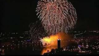 Koelner Lichter Feuerwerk 2011 Teil zwei