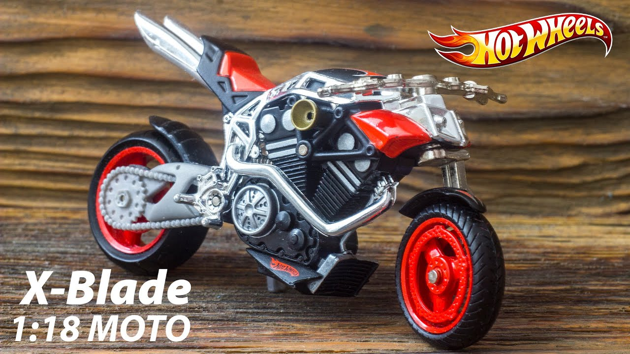 X Blades Hot Hot Wheels. Moto 1:18....