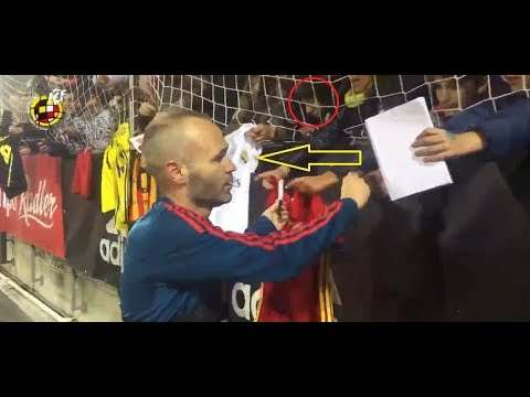 Iniesta Didn't Give A Sign For Real Madrid Jersey!