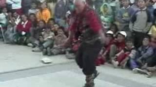 huanacos de la risa cholo arcadio bailando techno