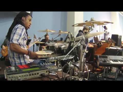 Judith Mcallister - Hallelujah Your Worthy to be Praised (Drums)