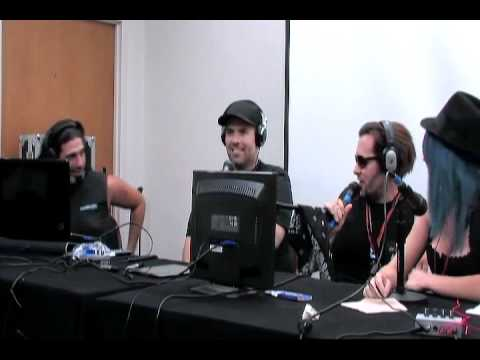 Cazador Radio Live At The Phoenix Comic Con