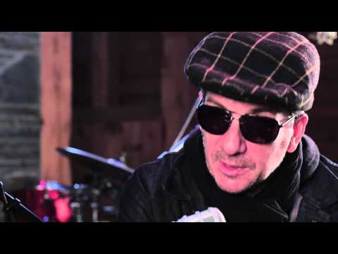 An Interview with Elvis Costello at Levon Helm's Studios - Radio Woodstock 100.1 - 11/14/13