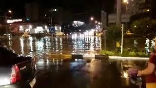 Южный рынок в Новороссийске уходит под воду