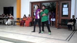 Thug Le Bollywood Dance,KNSIT- Ethnic Day2012 by Shashi.mp4