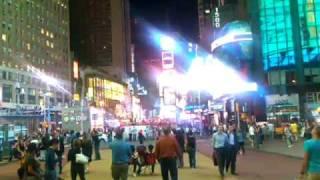 Microsoft Kin Two: Times Square - Standard Definition