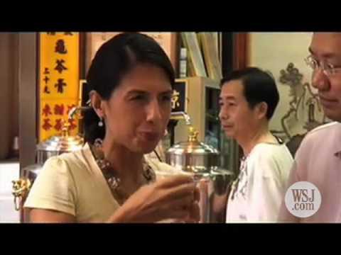 Touring Hong Kong's Street Market