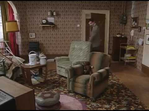 Mr bean painting his house youtube for Mr big live from the living room