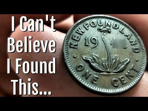 I FOUND A MEGA RARE DISCONTINUED COIN! COIN ROLL HUNTING CANADIAN PENNIES FOR THE FIRST TIME!